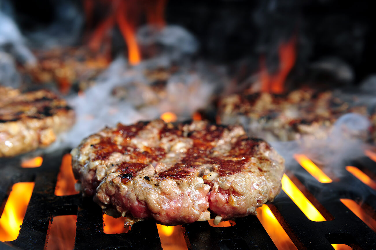 How to Grill the Perfect Burger | Guides & Tips | Kalamazoo Outdoor Gourmet